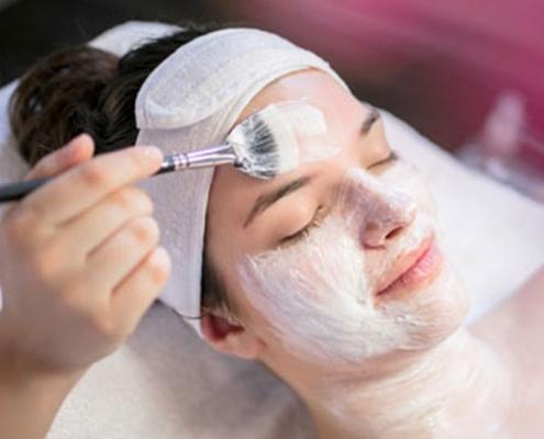 Gesichtsbehandlung Gesichtsmaske Kosmetikstudio Lima Beauty